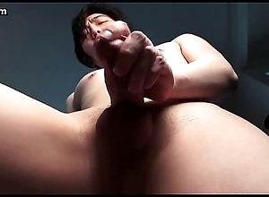 Asian boy paroxysmal his dick until cums