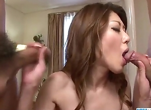 Reina Nishio full of life tits pulchritude dealing two cocks on cam