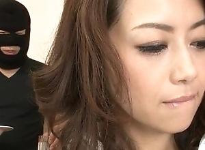 Maki Hojo amateur hardcore about a camouflaged stranger