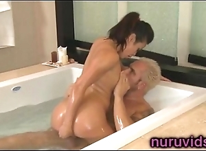 Sweet leader asian babe in arms shower play