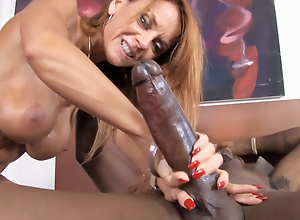 Janet Mason Won't Submerge oneself This Big black cock