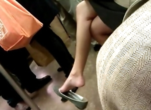 Asian milf able dangle in flats on F familiarize